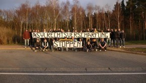 Spruchband_Asylrechtsverschärfung_stoppen (1)